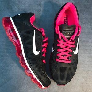 Nike Air Max 2011 Women's Size 7.5